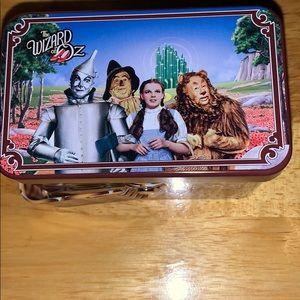 Wizard of Oz watch in basket 🧺 Tin